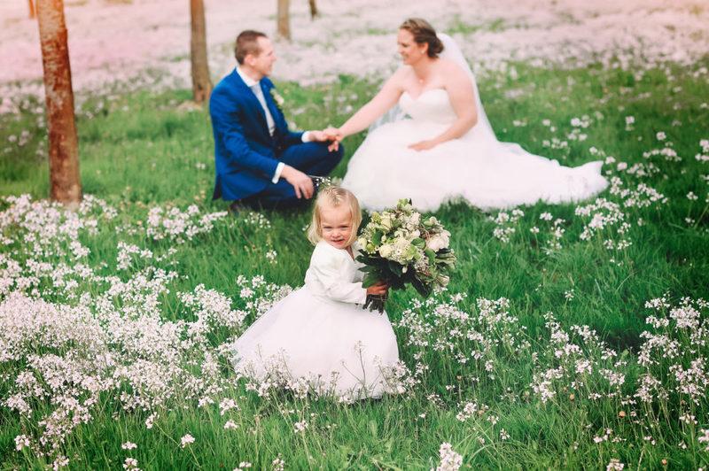 trouwen bruidsmeisje