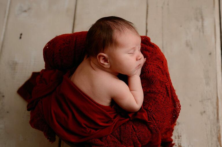 newborn in emmer